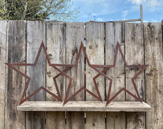 SPECIAL OFFER , 3 Big Rusty Metal barn STARS Garden Ornaments ,  garden decorations  , wall  or fence decorations , rustic garden decor