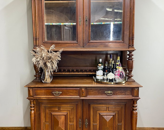 Antique French Dresser / Rustic Kitchen Dresser / Walnut Buffet Server / Display Cabinet / French dresser