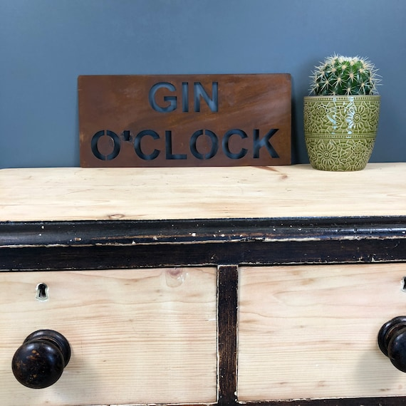 Rusted GIN O CLOCK Plaque Word Sign Metal Shop Home Rustic Pub Cafe Bar Cocktails Drinks