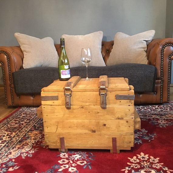 Vintage Reclaimed Pine Rustic Industrial Trunk Chest Box Coffee Table Storage