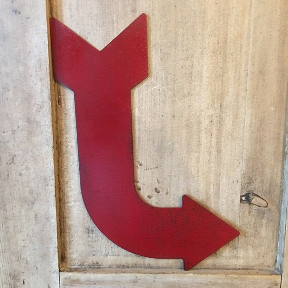 Red Distressed Arrow Sign Metal Shop Fairground Carnival Entrance This Way