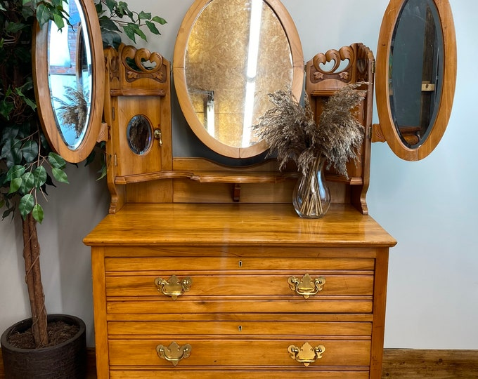 Antique Chest Of Drawers / Walnut Drawers / Vintage Bedroom Dressing Table