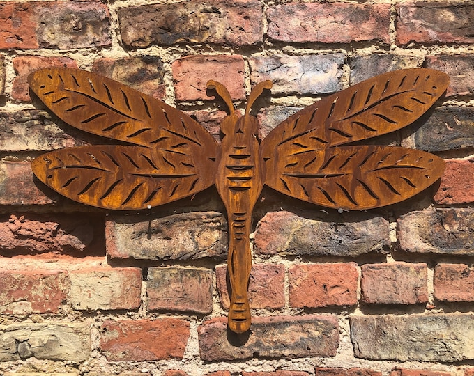 Large Rusty metal DRAGONFLY ,  Home Sign , Dragonfly Garden Ornament , dragonfly Wall feature , Animal decoration, rusted metal fence sign ,
