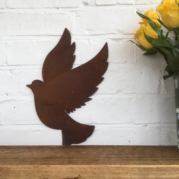 Rusted DOVE Sign Metal Home Garden Ornament Sign Bird Animal Feature wall fence