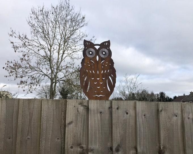 Rusty Metal STANDING OWL DECORATION , Garden ornament , post topper , garden decoration , garden feature , bird sign , owl sign ,Fence decor
