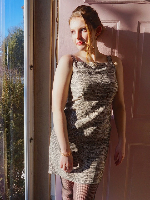 90s ROBBIE BEE Silk Snake-Print Mini Dress w Square Neckline sz. 6p