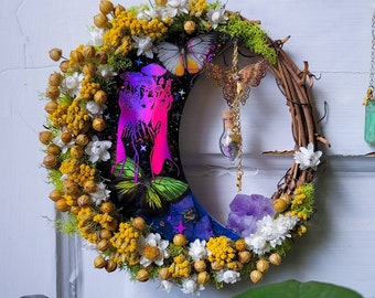 Crystal wreath, dried flower wreath, alter decor, witchy decor, stardust, witchy shop, alter tools, crystal flower wreath, boho decor
