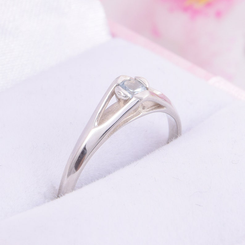 1.5CT Colorless Moissanite Yellow Gold Wedding Band,Argentium Ring,Sterling Band,Gold Wedding Band,Moissanite Band,Friendship Day Gift
