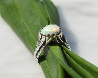 Silver and opal seaweed ring