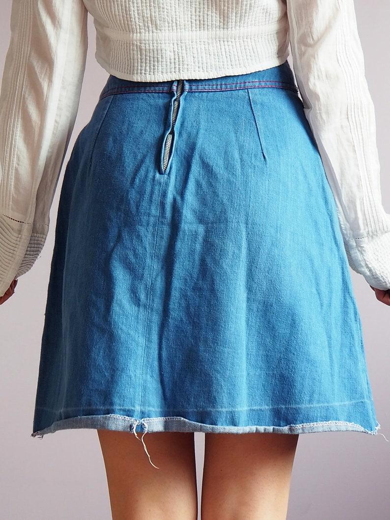 Vintage 80/'s floral embroidery blue denim mini skirt