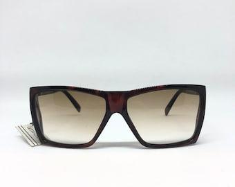3431c35a77 GIANNI VERSACE metrics Vintage Sunglasses Deadstock