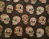 Remnant 17 quot x 43 quot Sugar Skulls Floral on Black 100 Cotton Fabric Halloween Dia de los Muertos Flowers Roses