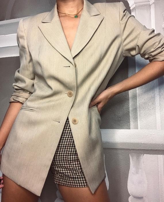 Tan oversized blazer