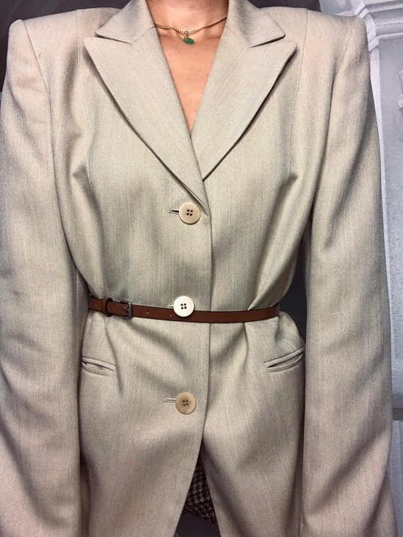 Tan oversized blazer - image 6