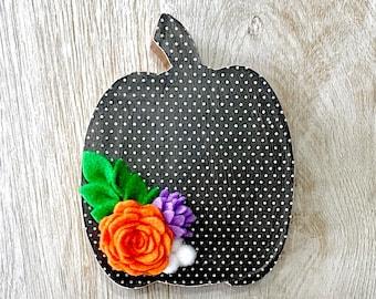 Halloween Polka Dot Standing Floral Pumpkin // Fall Home Decor // Pumpkin Shelf Sitter // Pumpkin Fall Tiered Tray Decor // Cute Halloween