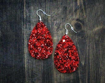 Glittering Clip On Earrings 12 MM Red Jewelry Sparkling Earrings for Girl Iridescent Earrings For Woman Shining Red Jewelry Kids Jewelry