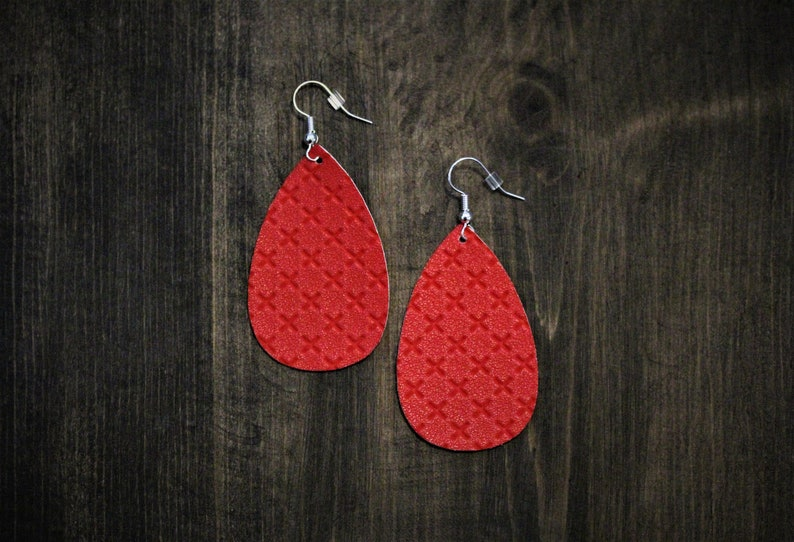 Fourth of July Holiday Quilted Christmas Red Earrings Red Faux Leather Earrings Leather Earrings Oval Earrings Teardrop {2}