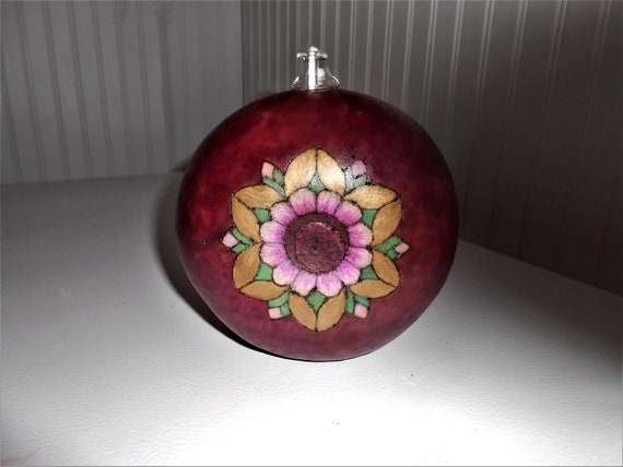 5.5 inches Stained Glass Bowl Color as Shown