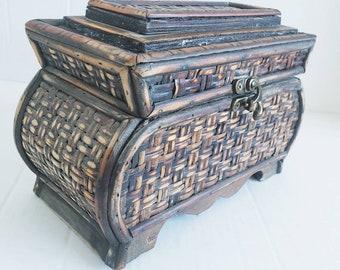 Midcentury Wicker Jewelry Trinket Box