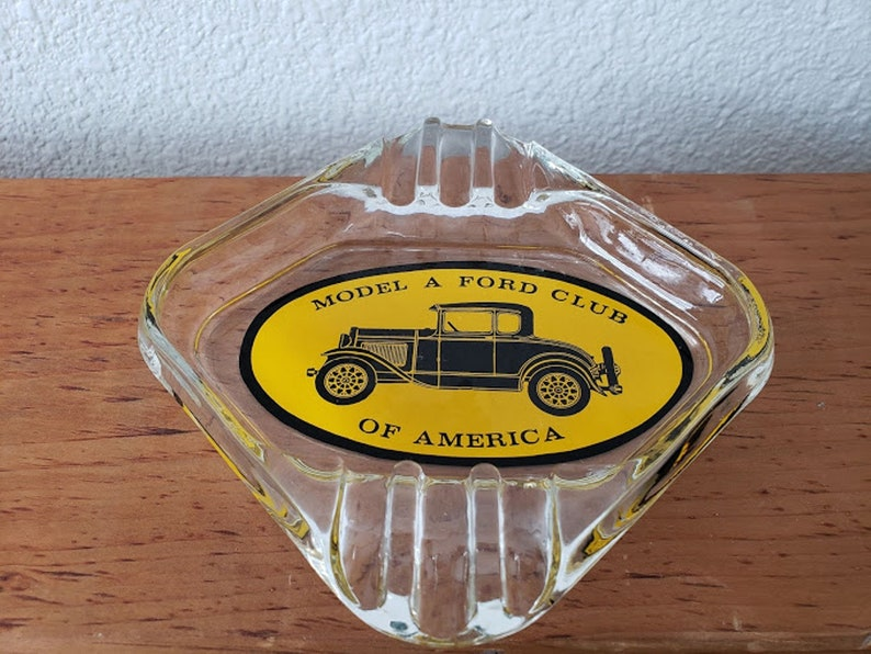 Vintage glass advertising  ashtray Model a Ford club of America 1960-1970