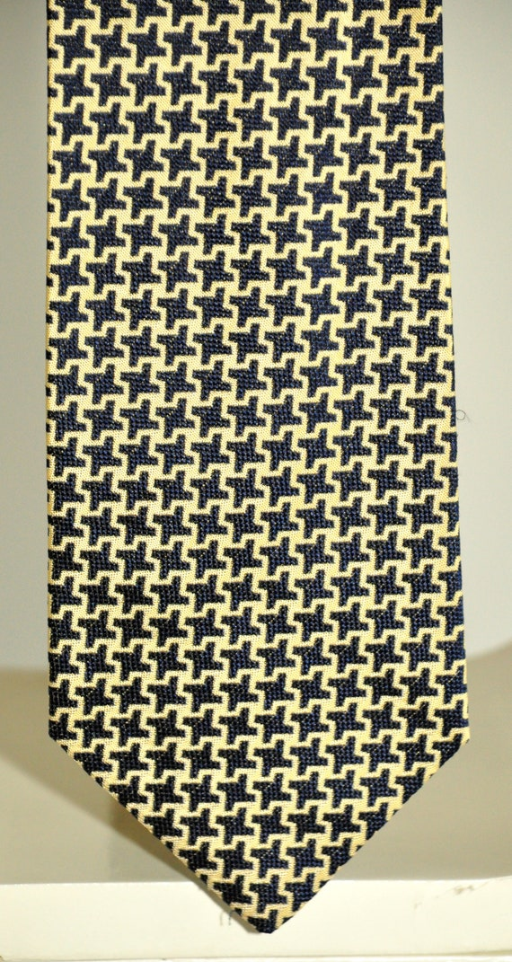 Boss Hugo Boss vintage rare tie 100% silk