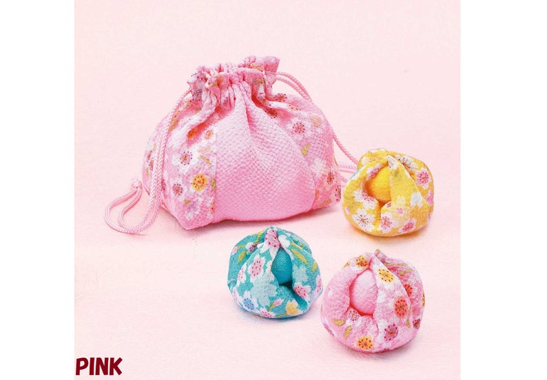 Two colors for selection Patchwork Kit 30/% OFF Kyoto crepe series: Drawstring Bag and Cue Balls Stock clear