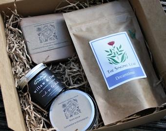 Pamper Gift Box - Handmade gift set, vegan gift box, birthday gift, anniversary gift, self-care gift box, gift for her