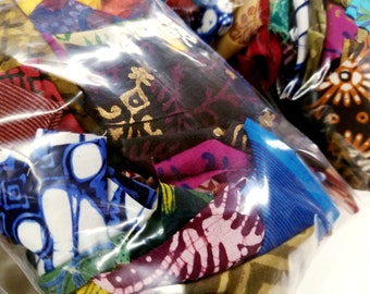 Fabric Scrap Bag (Quilting and Crafting)