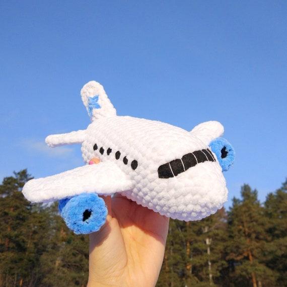 Boeing amigurumi free pattern | Crochet toys free patterns ... | 570x570