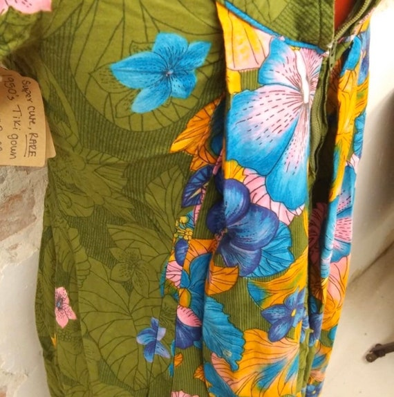 Vintage 1950's Hawaiian Tiki Dress Gown RARE - image 3