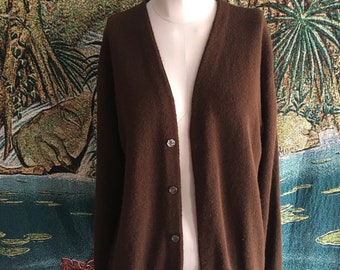 10f49b5f8e Vintage 1990s 100% wool Pine State Cardigan sweater Large