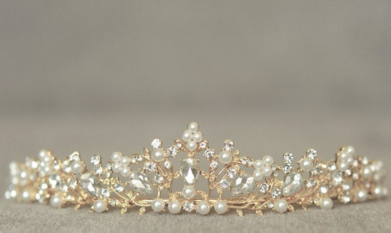 Bride Tiara with Crystals and Pearls Art Deco Pearl Tiara in Gold Wedding Hair Jewelry Bridal Pearl Tiara in Gold for Wedding Crown
