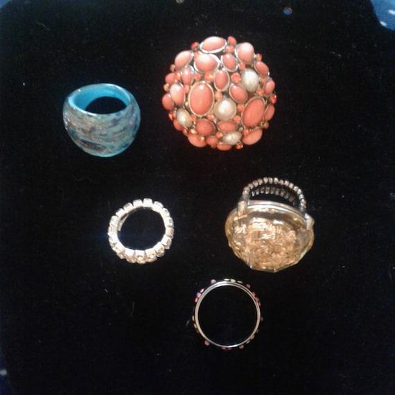 lot of vintage cocktail rings, vintage bead stretc
