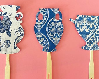 Blue and White Vase Cupcake Toppers (Set of 12) - Blue and White Bridal Shower Decor, Baby Shower, Engagement, Chinoiserie Chic Party