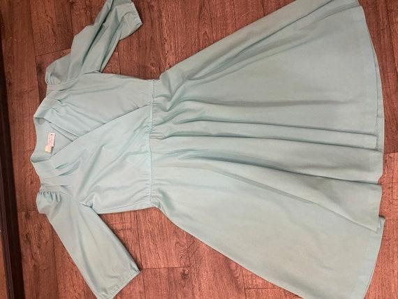 Vintage 1970s mint green skater dress. - image 8
