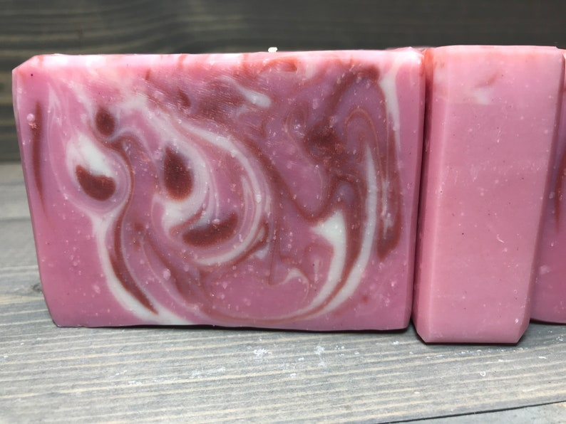 Pink Soap No Scent 4.5 oz. image 0
