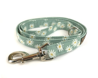 Floral dog leash DAISY, mint green with cute white flowers / daisies, fabric lead - 3 lengths to choose - adjustable length