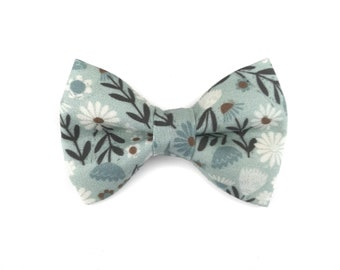 Floral winter dog bow tie ICE FLOWERS, light blue with white flowers, bowtie for dog collar