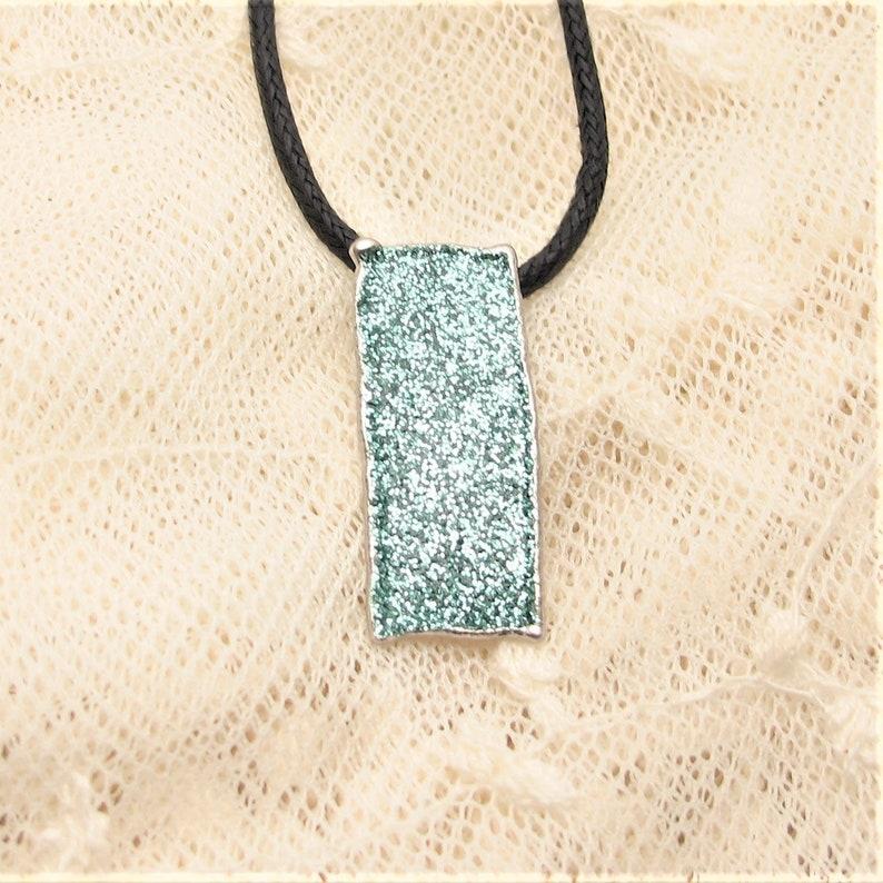 Minimal pendant glitter silver green enamel