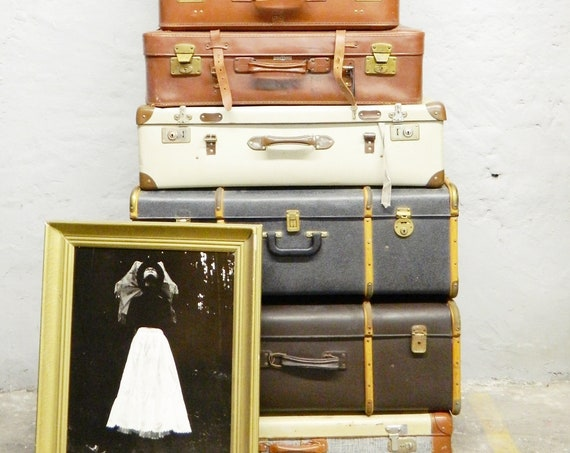 40s suitcase/old travel suitcase/elongated suitcase/vintage decoration/flat suitcase
