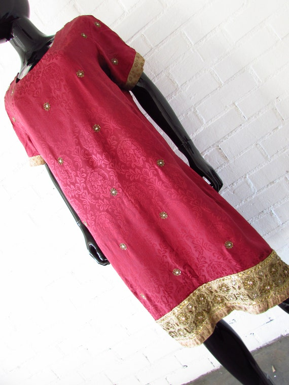 1970s dress Indian embroidered / brocade dress / … - image 4