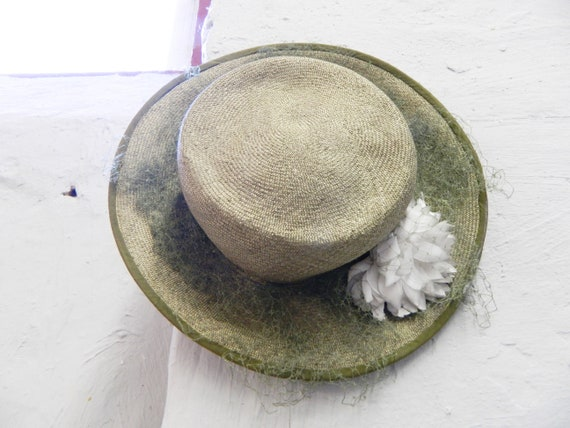 80s hat decorated with flower/straw hat/floral hat/vintage hat green