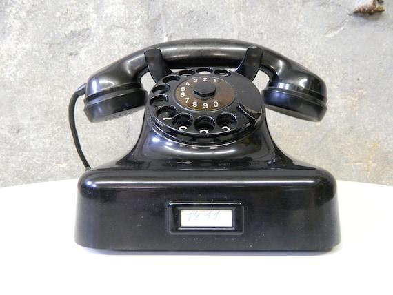 Old Phone black/Phone Bakelite Post/vintage phone/dial