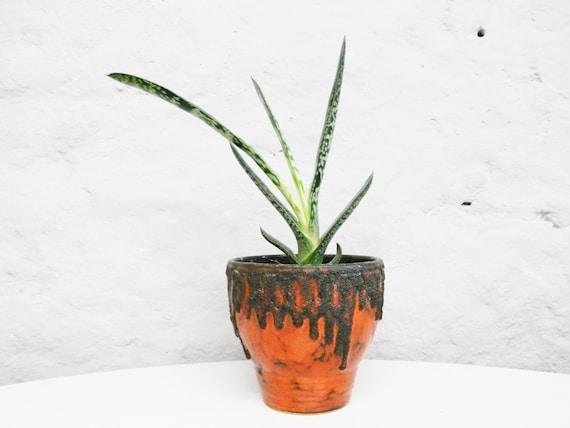 60s Flower pot/vintage Plant pot/Ceramic pot/Overpot black red/Fat Lava pot