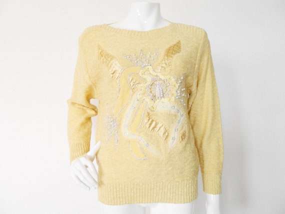 70s Sweatshirt/Vintage Sweater/1970 's Sweater/jumper yellow embroidered