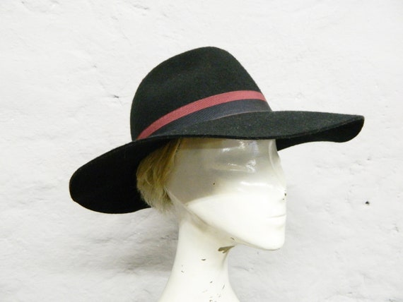 Vintage hat/felt hat/hat black/elegant hat/big hat/hat woman