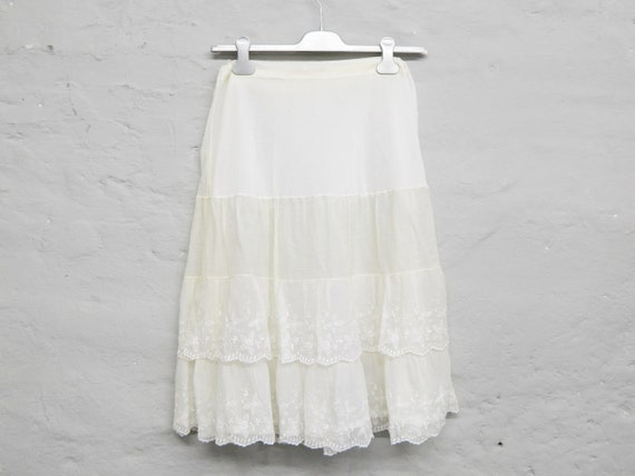 60s Skirt/embroidered/ruffles/White Skirt/Midi-skirt