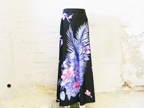 Maxi skirt / 70s skirt / vintage skirt long / long
