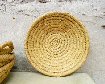 Vintage basket / bread basket / 50s basket nature / natural basket / kitchen decoration / storage