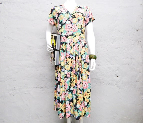 Millefleurs Dress/80s Dress/vintage Dress flowers/floral dress colorful/Summer dress